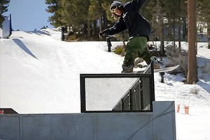 """FLUX BINDINGS PRESENTS """"BREAKING BEAR"""" - EPISODE 2: LYNCHED MOBBED"""