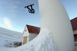 Eiki Helgason: Double Frontflip to Fakie Uncut