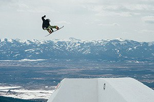 Burton Presents: Danny Davis and Ben Ferguson Peace Park — Full Part