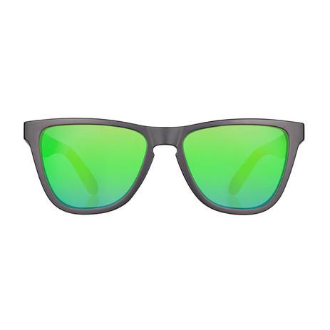 Daybreak Polarised Sunglasses - Jet Black/Green