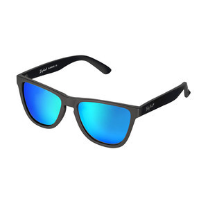 Daybreak Polarised Sunglasses - Jet Black/Blue