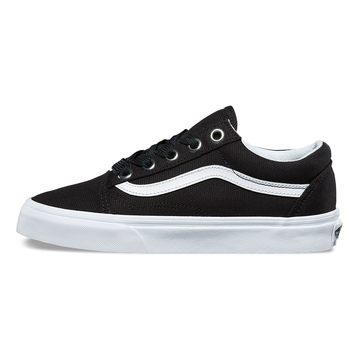 431f50aeb4bf Vans Oversized Lace Old Skool Women s Shoe - Black True White ...