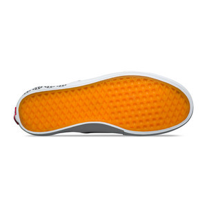 Vans x Independent Slip-On Pro Skate Shoe - Black / White