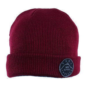 Yuki Threads Stamp Beanie - Maroon